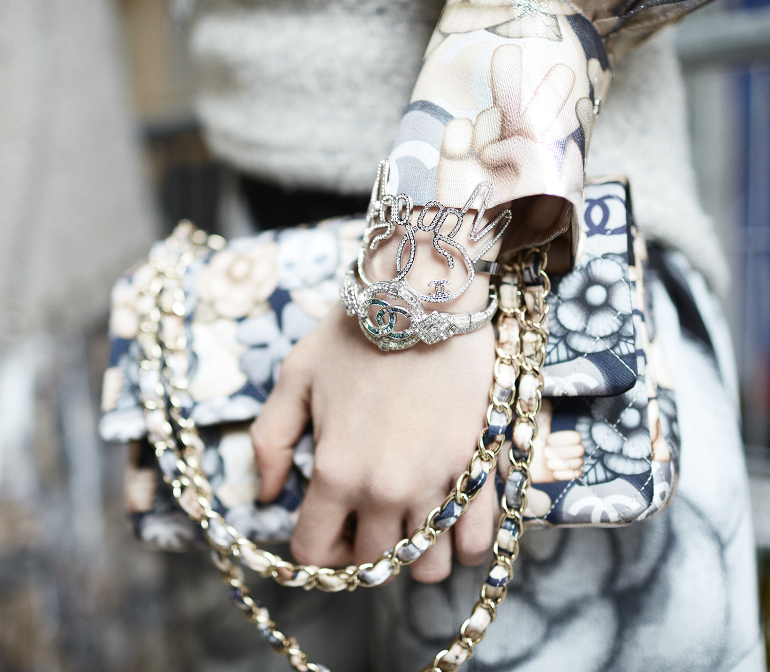 25_backstage-close-up-accessories-by-stcphane-gallois_ld