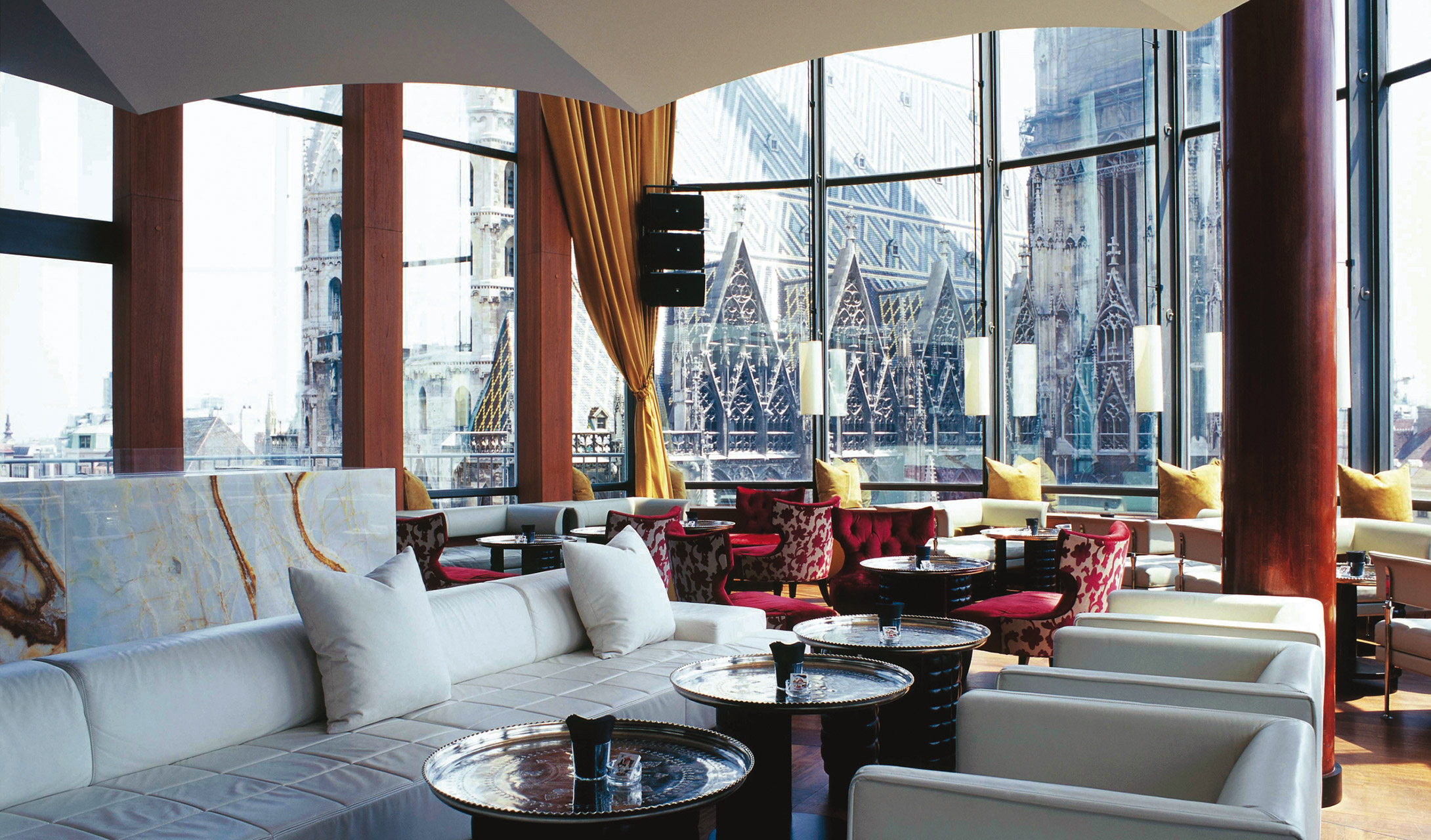 do-and-co-hotel-vienna-lounge-bar-dome-view-m-06-r