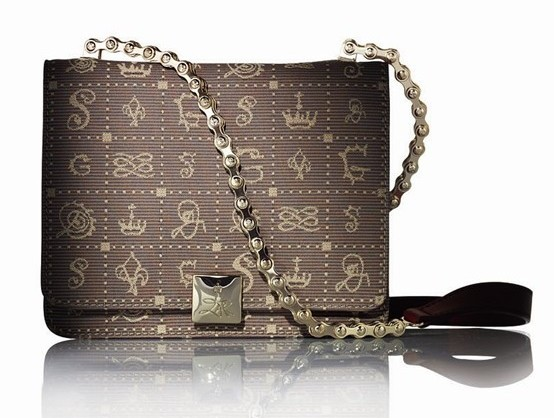 ode-to-love-daligramme-bags-by-lancel_1-1