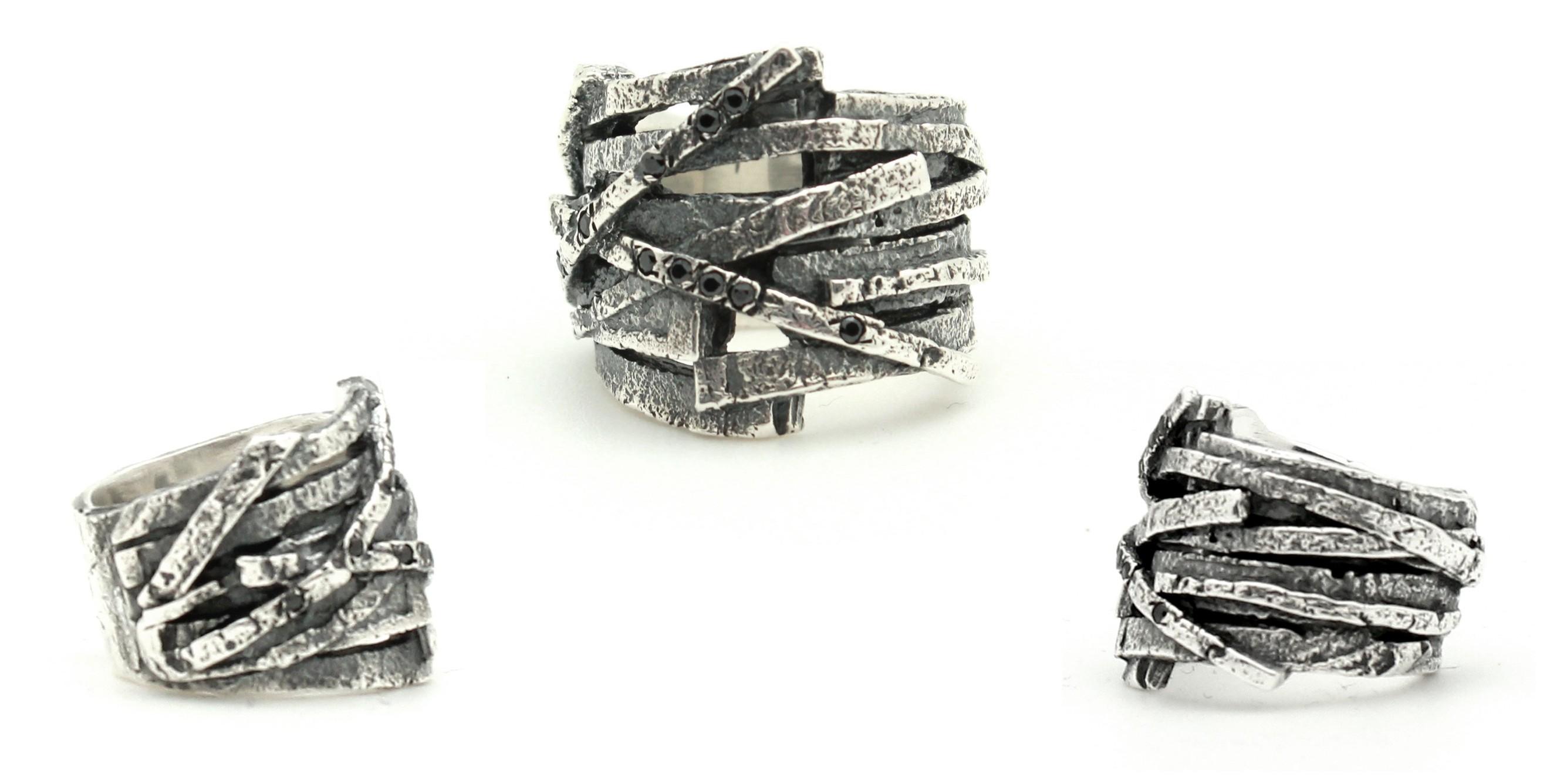 wtri043-criss-cross-stones-ring-copy