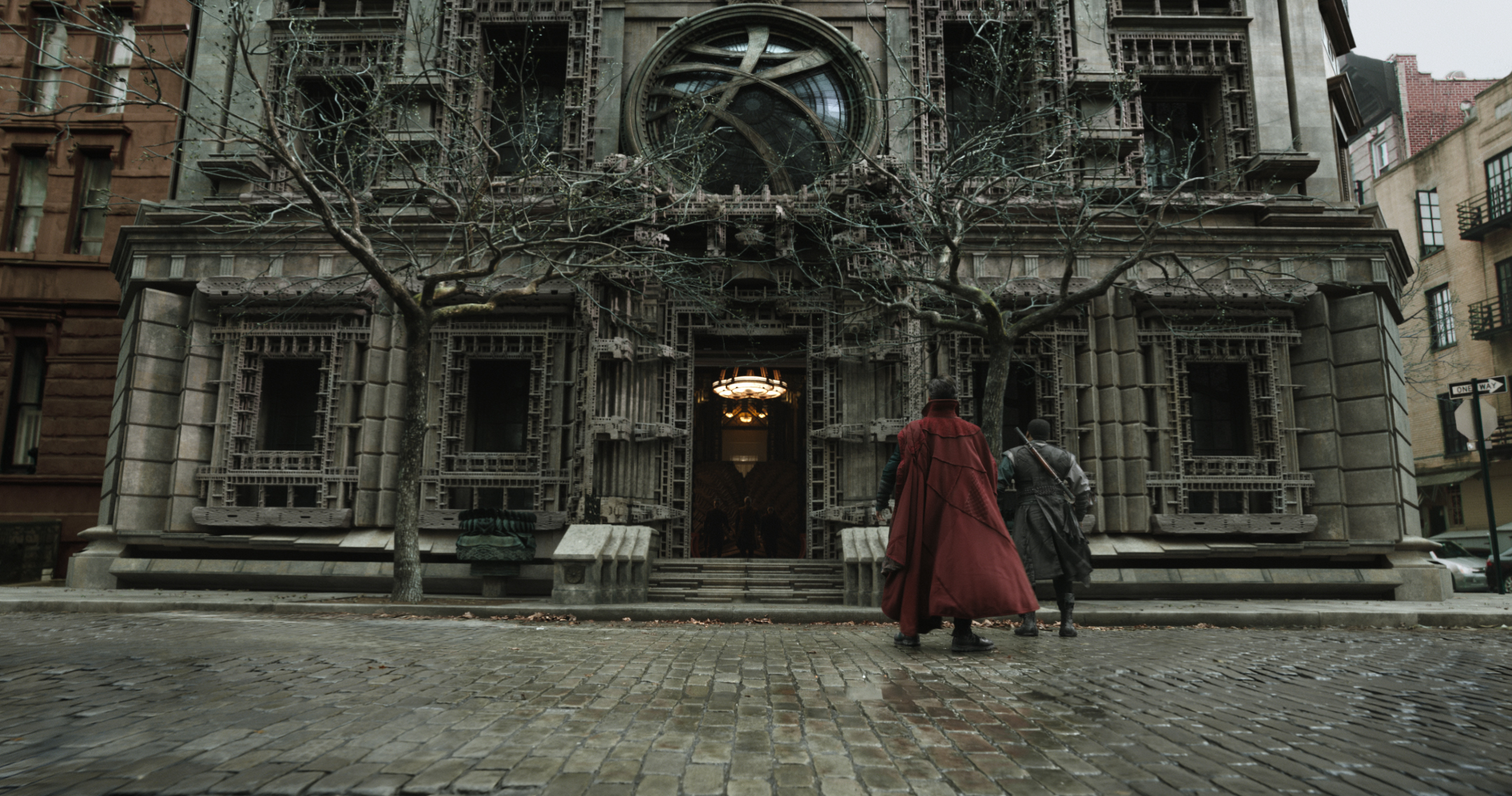 Marvel's DOCTOR STRANGE..L to R: Doctor Stephen Strange (Benedict Cumberbatch) and Mordo (Chiwetel Ejiofor) outside the New York City Sanctum Sanctorum...Photo Credit: Film Frame ..©2016 Marvel. All Rights Reserved.