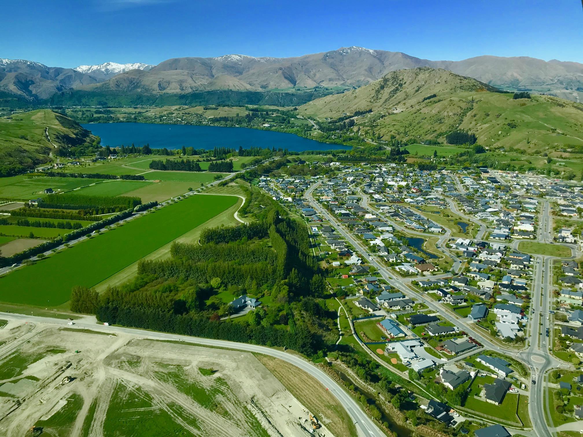 Cum E La Capătul Lumii Noua Zeelandă Cu Povești și 80 De
